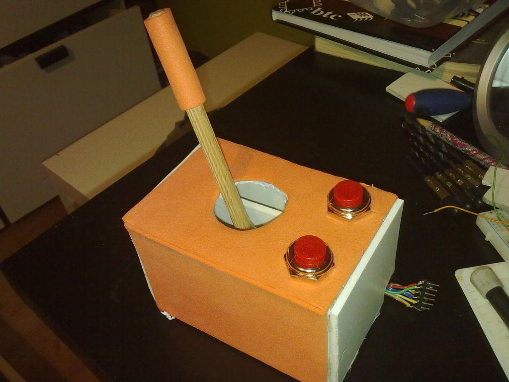 Build-Cheap-Homemade-Joystic-using-Arduino-thetechhacker