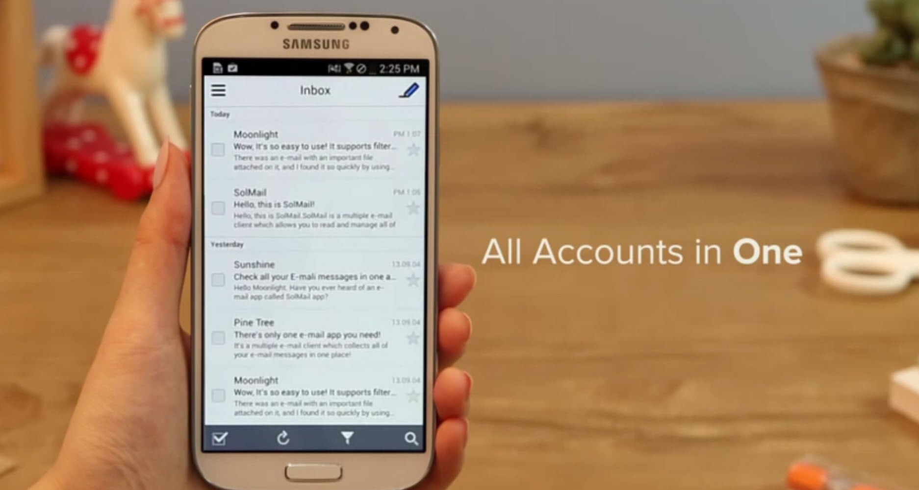 Check Your Gmail, Outlook, Yahoo And Many More In SolMail For Android
