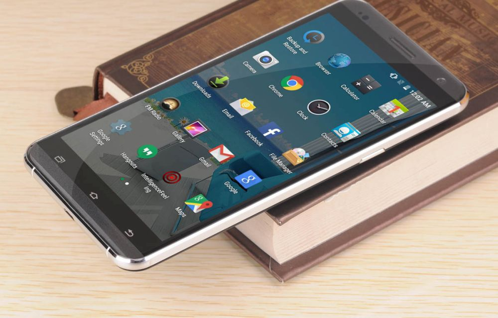 VKWorld VK700 Pro Android Phablet Review