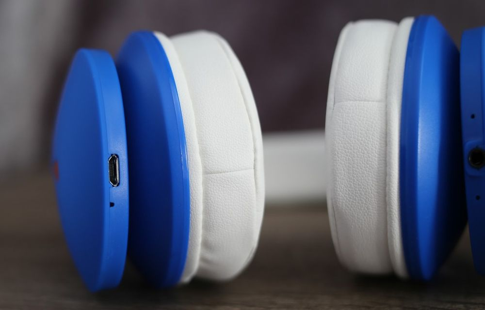 Mixcder Drip Wireless Headphone Ear Fit