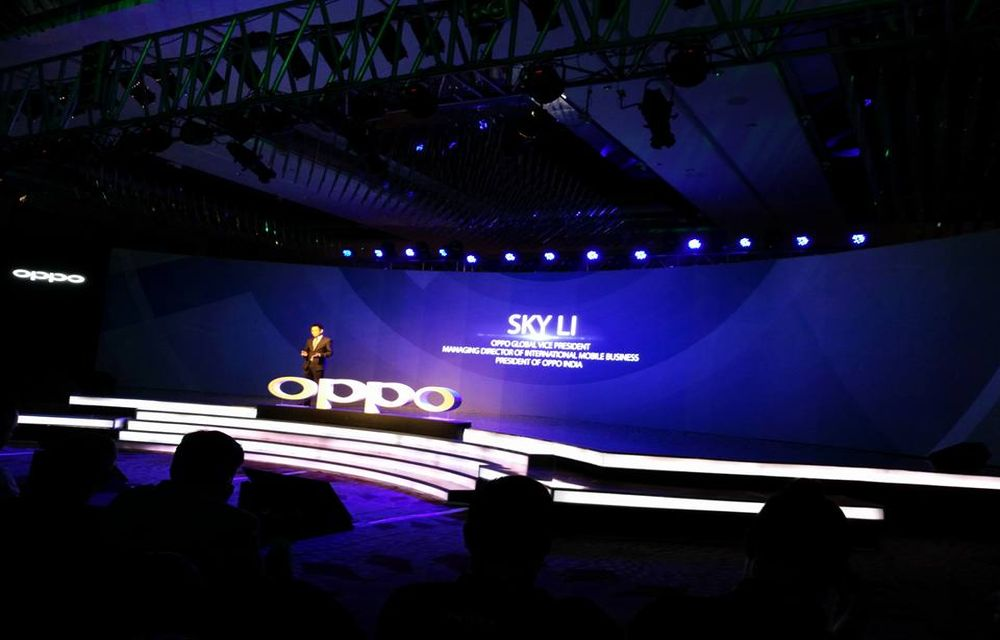 Oppo Lunched F1 and F1 Plus Smartphones In India