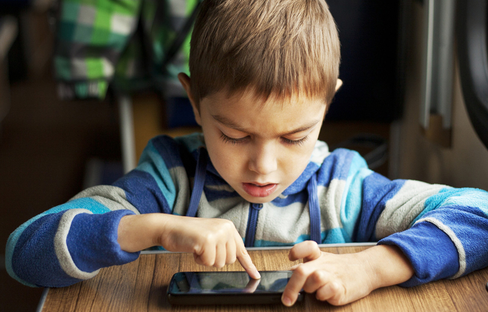Studies found that Heavy Smartphone Use Can Make Children Cross-Eyed