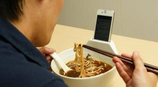 l_4081_raman-iphone-bowl-1