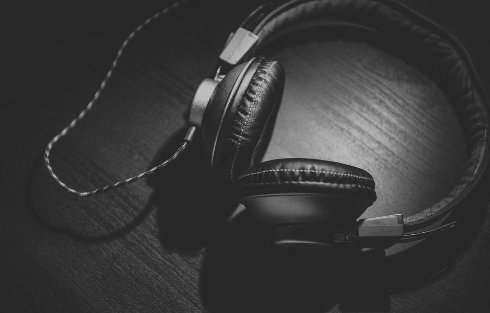 running-headphones-must-be-durable
