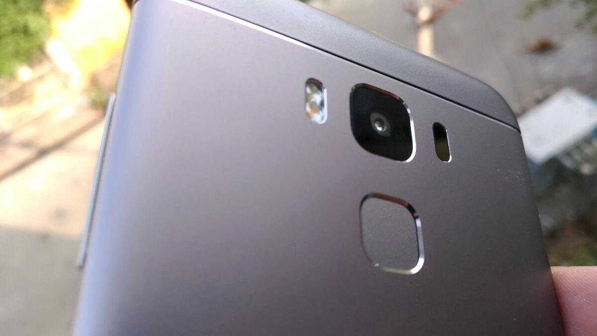 Asus Zenphone 3 Max (ZC553KL) Camera
