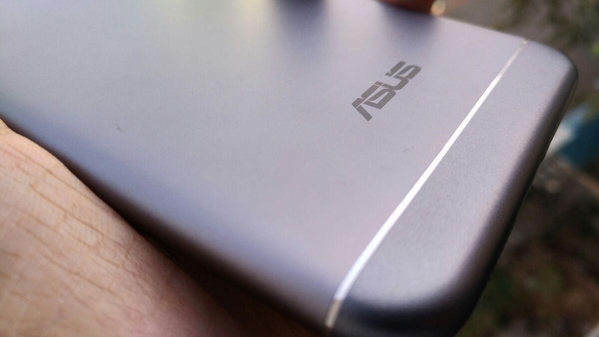 Asus Zenphone 3 Max (ZC553KL) Design