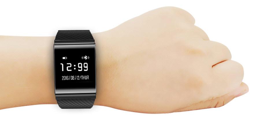 X9 Plus BLE 4.0 Smart Wristband Build Quality