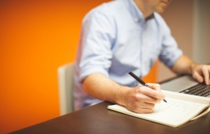 Tips on Hiring Professional Custom Essay Writing Services