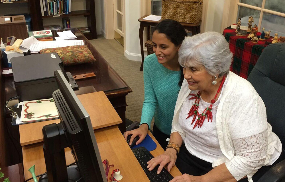 using technology to help the elderly There are plenty of advantages that can be gained from using technology   overall, internet usage among the elderly has rapidly increased over the   another emotional aspect that the internet has helped seniors conquer.