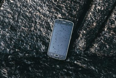 AGM X1 Rugged Flagship Smartphone Survived the Cruel 36 hour Frozen Test