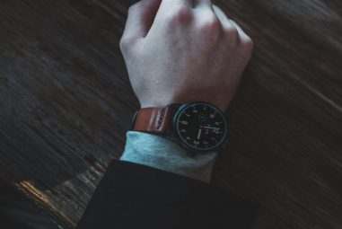 Vero VS-DB Watch Launched With Three Bands At A Massive Price